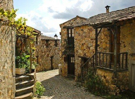Schist Village
